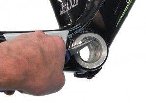 Clip boîtier de pédalier BB30