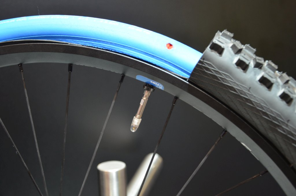 Schwalbe procore l eurobike 2014 double chambre for Chambre a air velo route