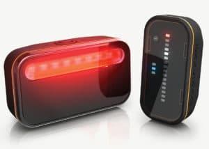 Signalisation grâce à un large éclairage LED.