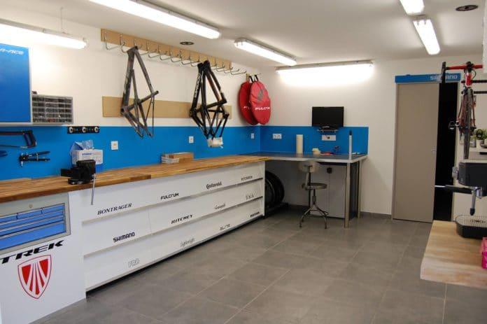 Deco-bike réalise des réparations et peintures de très haute qualité.