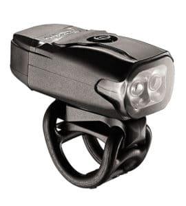 L'éclairage KTV Drive 2 avant assure parfaitement sa fonction En usage urbain ou en dehors.