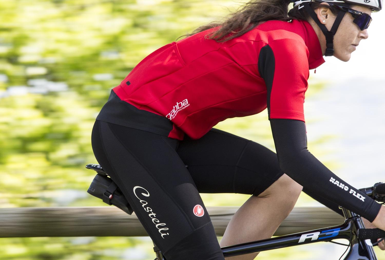 comment choisir ses vetements velo femme conseils et astuces With vêtement de vélo pour femme