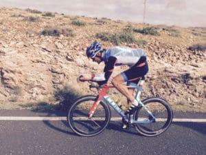 Un gros rouleur apprécie fortement ce pneu vélo route pour son endurance et sa robustesse.