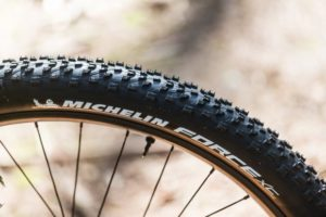 Un des pneus VTT les plus performants pour les amateurs de sportivité.