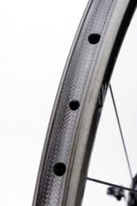 La Zipp 302 est fabriquée à 100% par la marque.