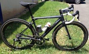 Visuellement ca donne un look sportif à votre vélo. Sur le terrain c'est diablement efficace.