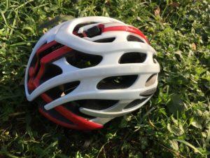 La ventilation est optimale sur ce casque vélo Lazer Blade.
