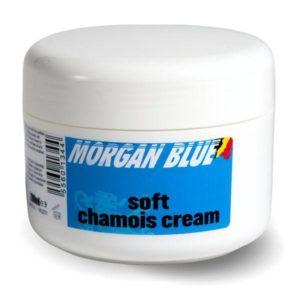 Une crème cuissard permet de limiter les irritations liées aux frottements.