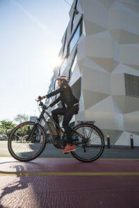 Avec un vélo électrique en adéquation avec vos besoins vous pouvez laisser la voiture au garage.