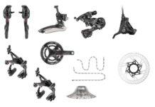 Les groupes Campagnolo 12 vitesses passent un cran supplémentaire dans la transmission vélo route.