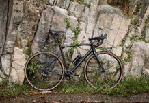 Le BMC Roadmachine X est un vélo polyvalent qui donne le sourire.