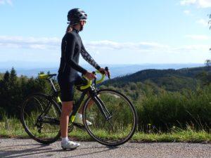 La tenue vélo femme Assos est très agréable en mi-saison. Ni trop chaud, ni trop froid.