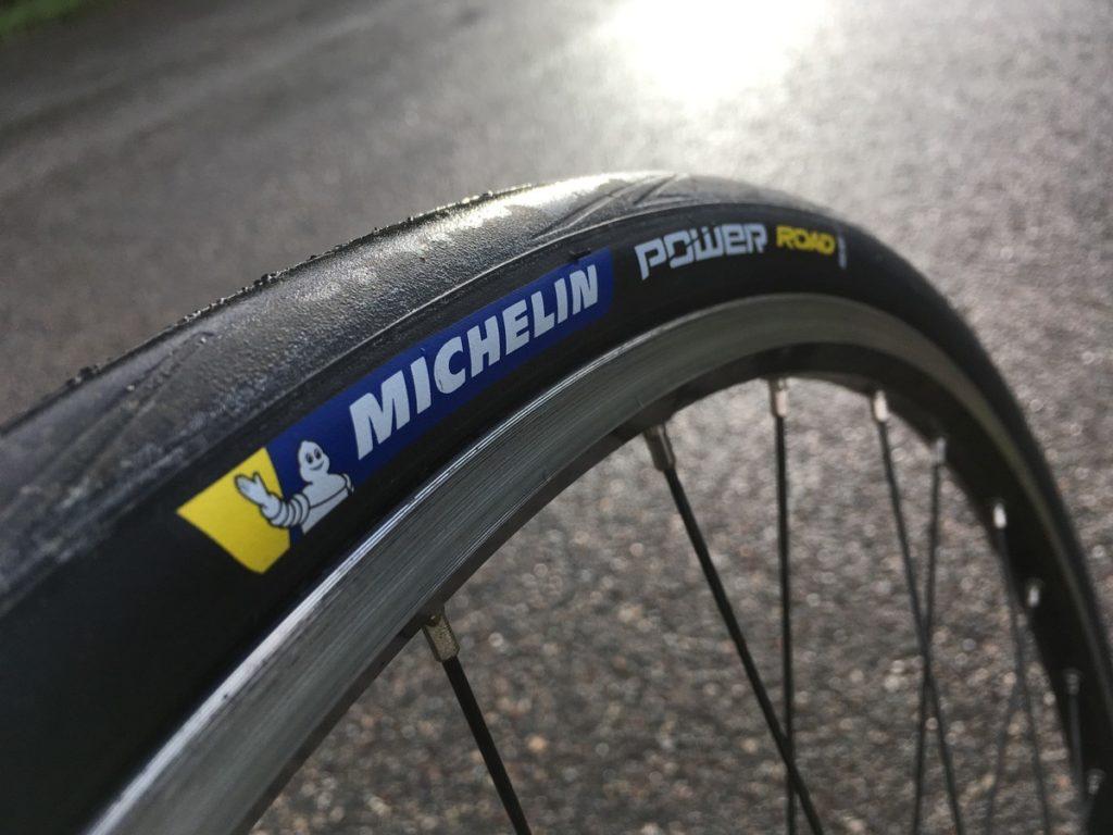 Le Michelin Power Road va devenir l'une des références du pneu vélo route.