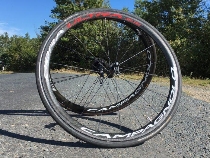 Les roues Campagnolo Bora Ultra 35 sont bluffantes d'efficacité.