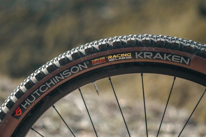 Le Hutchinson Kraken est le pneu le plus polyvalent de la gamme française.