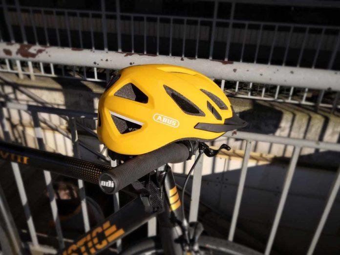 Le casque Abus Urban I 3.0 est l'ami du vélotaffeur.