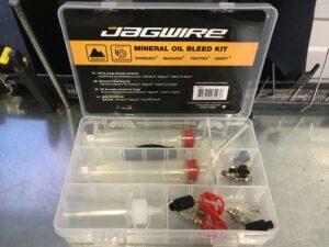 Le kit de purge Jagwire est complet et c'est parfait !
