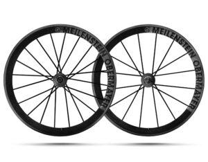 Les roues carbone Lightweight sont incontournables sur ce segment haut de gamme.©Lightweight