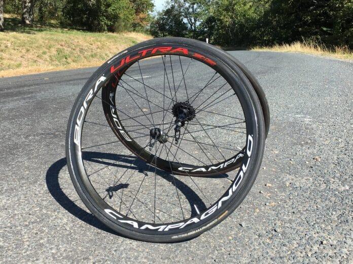 Les Campagnolo Bora Ultra 35 dans les meilleures roues vélo carbone : une évidence !
