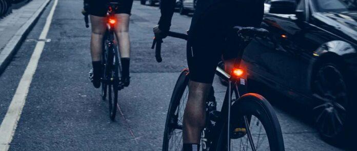 Un éclairage vélo Bookman c'est design et surtout pratique en utilisation.©Bookman