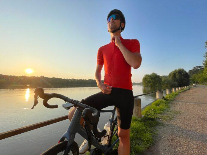 La tenue vélo Gravel Endura est techniquement une réussite.