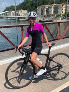 Le coloris de la tenue vélo femme Nalini est d'une belle élégance !