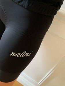 Le sigle Nalini est spécifique à la collection femme.